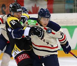 01.09.2013, Albert Schultz Eishalle, Wien, AUT, European Trophy, UPC Vienna Capitals vs Linkoepings HC, im Bild Benoit Gratton, (UPC Vienna Capitals, #25) und Jesper Pettersson, (Linkoepings HC, #6)  // during the European Trophy Icehockey match betweeen UPC Vienna Capitals (AUT) vs Linkoepings HC (SWE) at the Albert Schultz Eishalle, Vienna, Austria on 2013/09/01. EXPA Pictures © 2013, PhotoCredit: EXPA/ Thomas Haumer