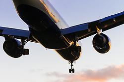 A British Airways  Boeing 777-200 ER Reg. G-VILL lands on Lhondon Heathrow's runway 27R.