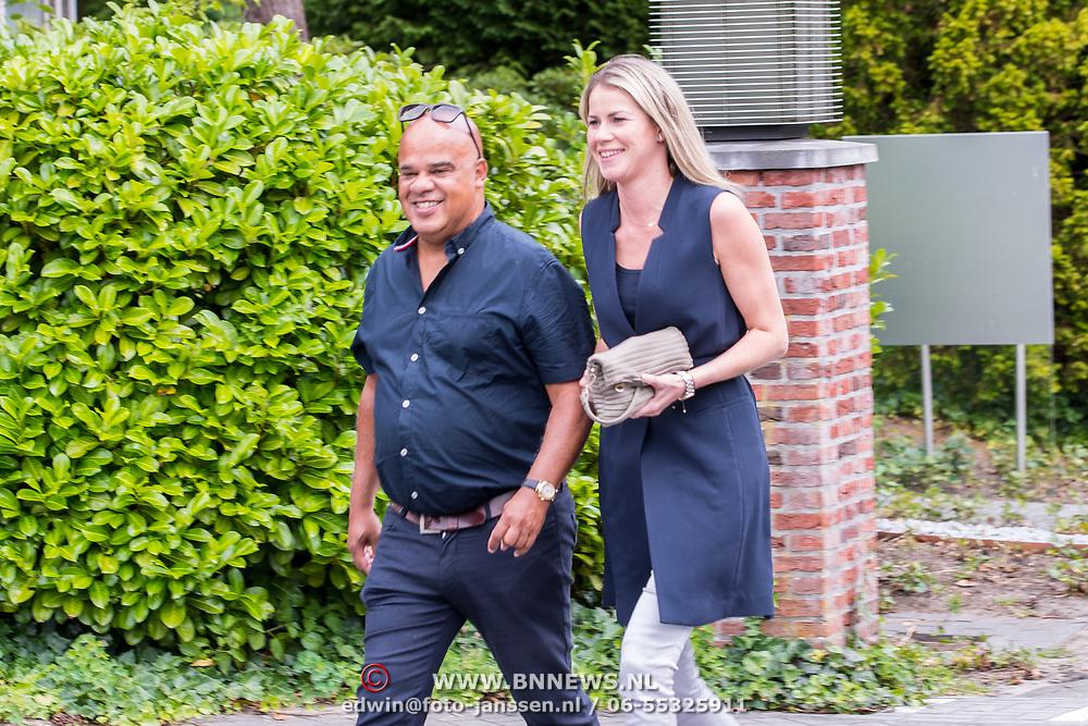 NLD/Bilthoven/20170706 - Uitvaart Ton de Leeuwe, ex partner Anita Meyer, Jean Paul Caljee en partner