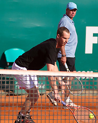 20.04.2012, Country Club, Monte Carlo, MON, ATP World Tour, Rolex Masters, Viertelfinale, im Bild Andy Murray (GBR) plays a shot as his coach Ivan Lendl looks on during a warm up session before the quarter final singles match between Andy Murray (GBR) and Tomas Berdych (CZE) // during Rolex Masters tennis tournament quarter Final of ATP World Tour at Country Club, Monte Carlo, Monaco on 2012/04/20. EXPA Pictures © 2012, PhotoCredit: EXPA/ Mitchell Gunn