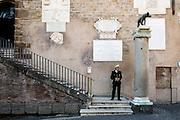Polizia Municipale all'ingresso del Campidoglio, sede del comune di Roma,  2 novembre 2015. Christian Mantuano / OneShot