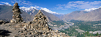 Pakistan, Northern Territory, Hunza valley, Mt. Rakaposhi 7788m altitude // Pakistan, Territoires du Nord, Vallée de Hunza, Caïrne au dessus de la vallée, Mont Rakaposhi au fond a 7788m altitude