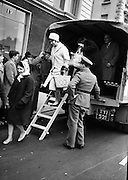 Bus strikes were a feature of the 1960s. Here, army lorries help get people to work.  .09.04.1963