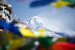 """THEMENBILD - 8000er Cho Oyu (8188 m). Wanderung im Sagarmatha National Park in Nepal, in dem sich auch sein Namensgeber, der Mount Everest, befinden. In Nepali heißt der Everest Sagarmatha, was übersetzt """"Stirn des Himmels"""" bedeutet. Die Wanderung führte von Lukla über Namche Bazar und Gokyo bis ins Everest Base Camp und zum Gipfel des 6189m hohen Island Peak. Aufgenommen am 15.05.2018 in Nepal // Trekkingtour in the Sagarmatha National Park. Nepal on 2018/05/15. EXPA Pictures © 2018, PhotoCredit: EXPA/ Michael Gruber"""