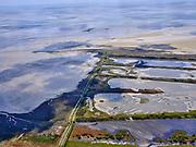 Nederland, Friesland, Vlieland, 07-05-2021; West-Vlieland met Kroon's Polders. De voormalige polders zijn nu natuurgebied en in beheer bij Staatsbosbeheer. Vogelbroedgebied, brak water milieu.<br /> West Vlieland with Kroon's Polders. The former polders are now a nature reserve and managed by the Forestry Commission. Bird nesting area, brackish water environment.<br /> <br /> luchtfoto (toeslag op standard tarieven);<br /> aerial photo (additional fee required)<br /> copyright © 2021 foto/photo Siebe Swart