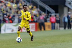 November 4, 2018 - Columbus, OH, U.S. - COLUMBUS, OH - NOVEMBER 04: Columbus Crew defender Harrison Afful (25) looks for an open man in the MLS eastern conference semifinals game between the Columbus Crew SC and the New York Red Bulls on November 04, 2018 at Mapfre Stadium in Columbus, OH. The Crew won 1-0. (Photo by Adam Lacy/Icon Sportswire) (Credit Image: © Adam Lacy/Icon SMI via ZUMA Press)