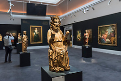 """© Licensed to London News Pictures. 01/12/2017. London, UK.  A carving called """"God The Father"""", 14th century, Southern Netherlandish, second half, (Est. GBP40-60k).  Preview of """"Masters of Light"""", Sotheby's Old Masters Sculpture Sale which will take place on 5 December at Sotheby's, New Bond Street. Photo credit: Stephen Chung/LNP"""