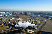 Nederland, Zuid-Holland, Rotterdam, 18-02-2015. Europoort met plant van Abengoa Bioenergy, producent van bio-ethanol uit mais.<br /> Plant of Abengoa Bioenergy, producer of bioethanol from corn.<br /> luchtfoto (toeslag op standard tarieven);<br /> aerial photo (additional fee required);<br /> copyright foto/photo Siebe Swart