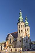 Ulica Grodzka, kościół św. Andrzeja, Kraków, Polska<br /> Grodzka Street, church of St. Andrew in the background, Cracow, Poland