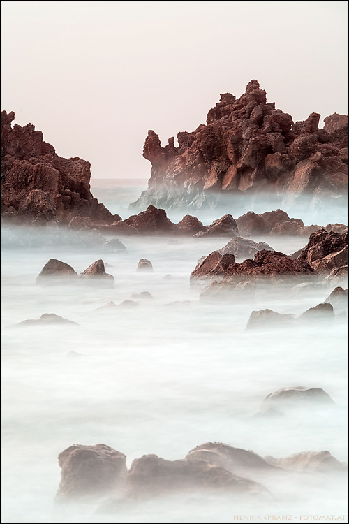 The west coast of Lanzarote near El Golfo is a wonderful place for photographers.