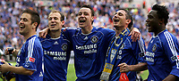 Photo: Paul Thomas.<br /> Chelsea v Manchester United. The FA Cup Final. 19/05/2007.<br /> <br /> (L-R) Arjen Robben, John Terry and Frank Lampard of Chelsea celebrate.