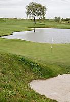 BADHOEVEDORP - GOLF - Hole 3 met water ,  Amsterdam International Golfbaan, bij Schiphol. FOTO KOEN SUYK