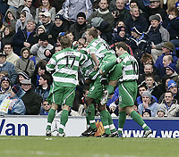 QPR celebrate Paul Furlong's goal.<br /> Ipswich Town v Queens Park Rangers. 26/01/05.<br /> Picture by Barry Bland.