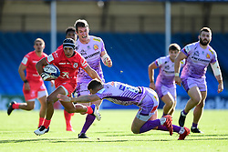 Cheslin Kolbe of Toulouse is challenged by Joe Simmonds of Exeter Chiefs - Mandatory by-line: Ryan Hiscott/JMP - 26/09/2020 - RUGBY - Sandy Park - Exeter, England - Exeter Chiefs v Toulouse - Heineken Champions Cup Semi Final