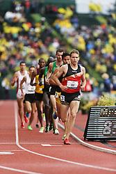 men's 500 meters, qualifying, Ben True leads pack of runners Ben True,