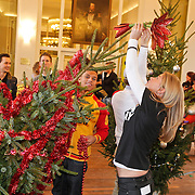 NLD/Amsterdam/20101208 - Skyradio Christmas Tree for Charity 2010, Jeffrey Wammes en Anouk Hoogendijk
