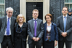 2016-05-19 Richard Ratcliffe petitions Downing Street over wife, daughter detained in Iran
