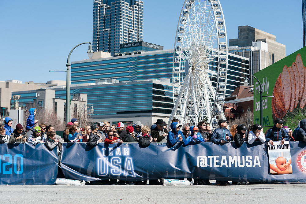 Fans like Marietta Street during the 2020 U.S. Olympic marathon trials in Atlanta on Saturday, Feb. 20, 2020. Photo by Kevin D. Liles for The New York Times