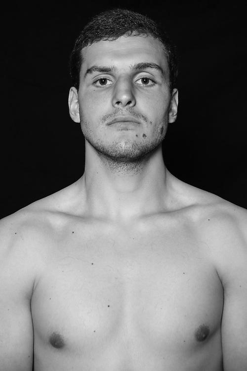 BOXEN: Studio, Portrait of a Boxer, Hamburg, 02.07.2020<br /> Artur Ohanyan, Artur Henrik<br /> © Torsten Helmke