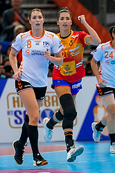 15-12-2019 JAP: Final Netherlands - Spain, Kumamoto<br /> The Netherlands beat Spain in the final and take historic gold in Park Dome at 24th IHF Women's Handball World Championship / Lara Gonzalez Ortega #27 of Spain