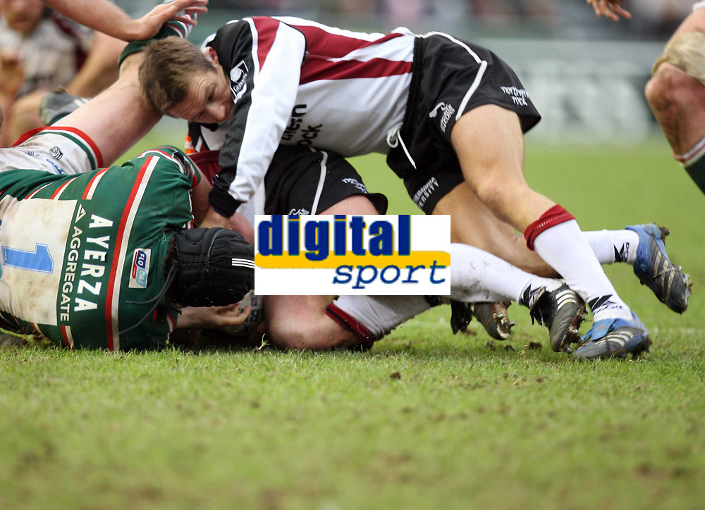 Photo: Rich Eaton.<br /> <br /> Leicester Tigers v Newcastle Falcons. Guinness Premiership. 27/01/2007. Jonny Wilkinson of Newcastle Falcons makes an imapct within a few seconds of coming on in the first half