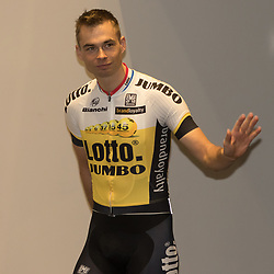 08-01-2016: Wielrennen: Presentatie Lotto Jumbo: Den Bosch<br />'s-HERTOGENBOSCH (NED) wielrennen<br />Team Lotto-Jumbo werd gepresenteerd <br />Bert Jan Lindeman