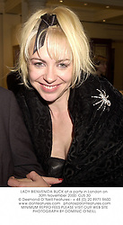LADY BIENVENIDA BUCK at a party in London on 30th November 2000.OJS 30