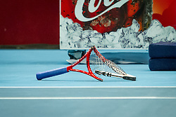 19-10-2013 TENNIS: ATP ERSTE BANK OPEN: WENEN<br /> Kapotte Tennisracket van Lukas Rosol (CZE) item tennis creative<br /> ***NETHERLANDS ONLY***<br /> ©2013-FotoHoogendoorn.nl