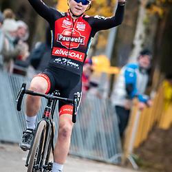 2018-12-01: Cycling: Zilvermeercross Mol: Laura Verdonschot wins in Mol