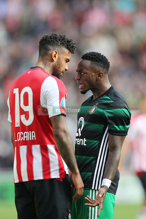 (l-r) Jurgen Locadia of PSV, Ridgeciano Haps of Feyenoord during the Dutch Eredivisie match between PSV Eindhoven and Feyenoord Rotterdam at the Phillips stadium on September 17, 2017 in Eindhoven, The Netherlands