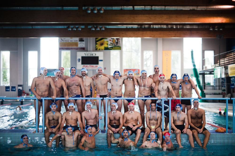 """16 OCT 2010 - Vicenza - La squadra di pallanuoto """"PallaNuova"""" in allenamento"""