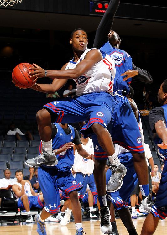 Demetrius Jackson participates in a basketball camp in Charlottesville, Va. (Photo/Andrew Shurtleff)