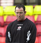 Watford, GREAT BRITAIN, 3rd April 2004, Vicarage Road, ENGLAND. [Mandatory Credit: Photo  Peter Spurrier/Intersport Images],<br /> 03/04/2004  - 2003/04 Zurich Premiership - Saracens v Gloucester<br /> Saracens assistent coach Steve Diamond