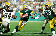 Green Bay's Brett Favre on a 9-yard run to the New Orleans 26-yard line in the 1st quarter. .The Green Bay Packers hosted the New Orleans Saints at Lambeaus Field Sunday October 9, 2005. Steve Apps-State Journal.