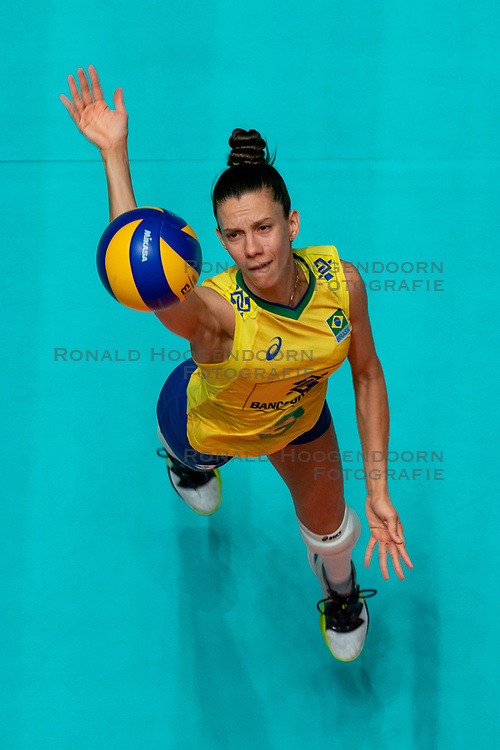 29-05-2019 NED: Volleyball Nations League Poland - Brazil, Apeldoorn<br /> Macris Carneiro #3 of Brazil