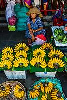Bananas, Outdoor market, Central Market, Hoi An, Vietnam.
