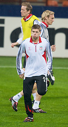 MILAN, ITALY - Monday, March 10, 2008: Liverpool's captain Steven Gerrard training at the San Siro Stadium ahead of the UEFA Champions League First knockout round 2nd Leg match against FC Internazionale Milano. (Pic by David Rawcliffe/Propaganda)