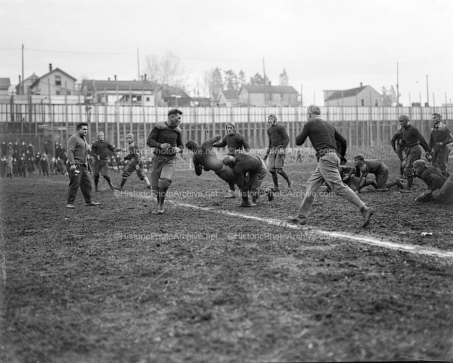"""WHS Salem game 1915"" (Multnomah Field)"