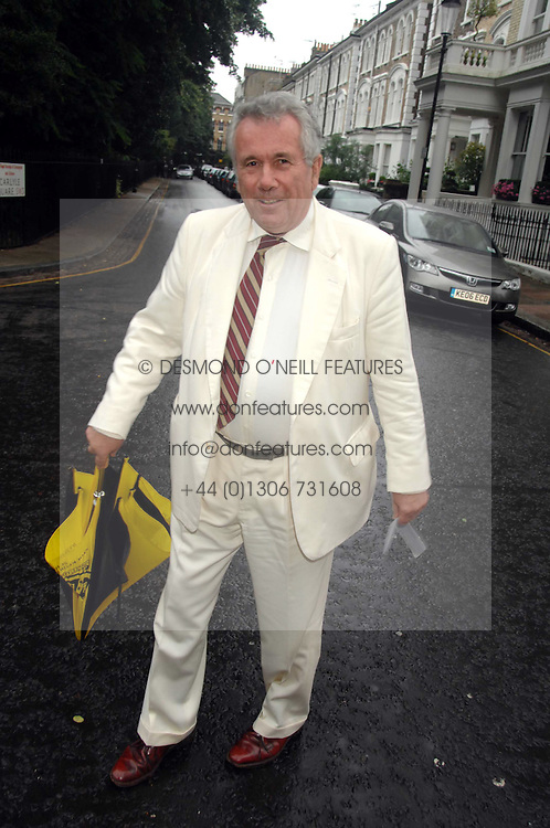 MARTIN BELL at the annual Sir David & Lady Carina Frost Summer Party in Carlyle Square, London SW3 on 5th July 2007.<br /><br />NON EXCLUSIVE - WORLD RIGHTS