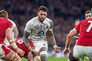 Twickenham, England, 7th March 2020, Courtney LAWES, set to collect the pass, during the, Guinness Six Nations, International Rugby, England vs Wales, RFU Stadium, United Kingdom, [Mandatory Credit; Peter SPURRIER/Intersport Images]