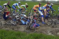 Sykkel<br /> Foto: PhotoNews/Digitalsport<br /> NORWAY ONLY<br /> <br /> UCI PRO TOUR<br /> PARIS - ROUBAIX 2005 - FRANCE -  10/04/2005 <br /> <br /> PETER VAN PETEGEM (LOTTO-DAVITAMON)