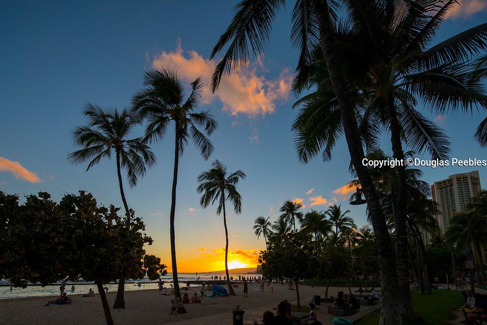 Sunset, Twilight, Waikiki Berach, Honolulu, Oahu, Hawaii