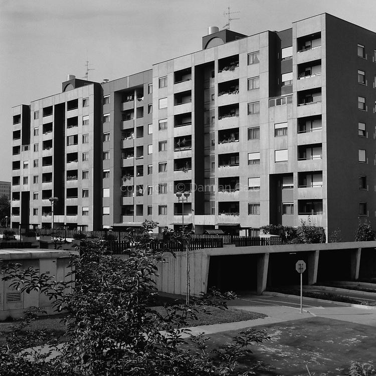 Stanovanjski blok na Grablovičevi ulici