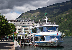 THEMENBILD, ARABISCHE TOURISTEN IN ZELL AM SEE - KAPRUN, im Bild das Grandhotel und das Schiff MS Schmittenhöhe am Zeller See. Jedes Jahr besuchen mehrere Tausend Gäste aus dem arabischen Raum die Urlaubsregion im Salzburger Pinzgau. Um Missverständnisse zu vermeiden und die Gäste auf den Aufenthalt vorzubereiten, erhalten die Touristen einen Knigge-ähnlichen Kulturführer, aufgenommen am 30.05.2014 in Zell am See, Österreich // ILLUSTRATION, ARAB TOURISTS IN ZELL AM SEE - KAPRUN, pictured: the Grand Hotel and the ship MS Schmittenhoehe at the Zeller See. Every year thousands of guests from Arab countries takes their holiday in Zell am See - Kaprun Region. To avoid misunderstandings and to prepare the guests for their holidays, the tourists get a similar etiquette culture guide, Zell am See, Austria on 2014/05/30. EXPA Pictures © 2014, PhotoCredit: EXPA/ JFK