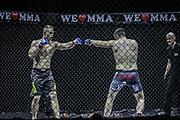 Kampfsport: MMA, We love MMA, Oberhausen, 31.01.2015<br /> Christian Skorzik (JKD Akademie NRW, l.) - Daniel Duecker (Fight Center Siegen)<br /> © Torsten Helmke