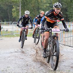 04-10-2020: Wielrennen: Geopark Classic: Gasselte<br />Iris van der Stelt
