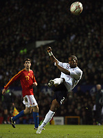Photo: Paul Thomas.<br /> England v Spain. International Friendly. 07/02/2007.<br /> <br /> Jermain Defoe of England shoots over the bar.