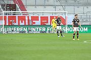 Fussball: 2. Bundesliga, FC St. Pauli - Fortuna Düsseldorf 0:3, Hamburg, 20.12.2020<br /> Enttäuschung bei St. Pauli<br /> © Torsten Helmke