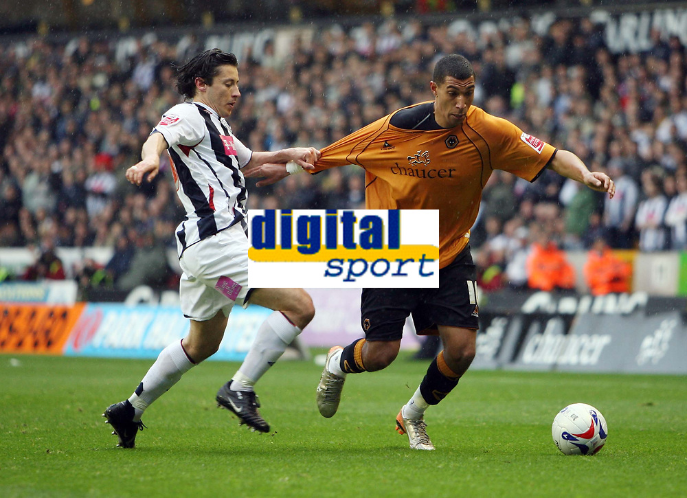 Photo: Rich Eaton.<br /> <br /> Wolverhampton Wanderers v West Bromwich Albion. Coca Cola Championship. Play off Semi Final, 1st Leg. 13/05/2007. Robert Koren left of West Brom holds Wolves Jay Bothroyd by the shirt
