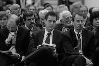 Bertrand  Delanoë (maire de Paris de 2001 à 2014) donne un compte-rendu de son mandat, Paris 6ème / 2004.